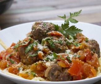 Vacsora 30 perc alatt: paradicsomos h�sgomb�c spagettivel - l�p�sr�l l�p�sre