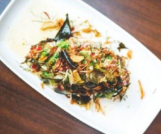 Padlizs�nsal�ta �s grillezett marha: �tcsillagos thai street food a Globalista Konyh�t�l!