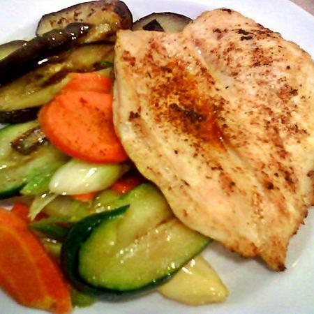 Grillezett csirkemell sült zöldségekkel Recept képpel..