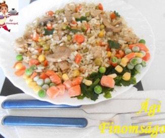 Gombás-zöldséges rizses hús