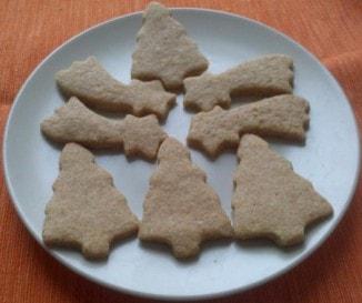 Karácsonyi keksz (teljes kiőrlésű lisztből)