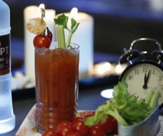 Sosem megy ki a divatból: Bloody Mary koktél, a józanító koktél