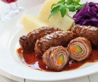 Zöldséges hústekercs