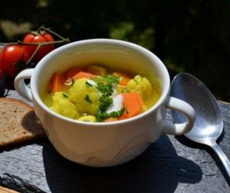 11 tavaszi leves a medvehagymástól a karfiolosig - kipróbált receptek