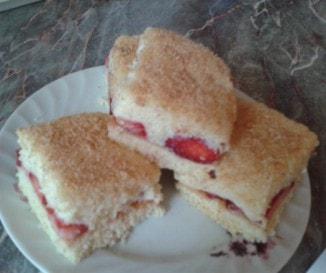 Epres-krémes sütemény