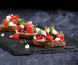 Epres-kecskesajtos kenyérkék
