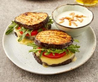 Diétázol? Itt a szénhidrátmentes sajtos szendvics!